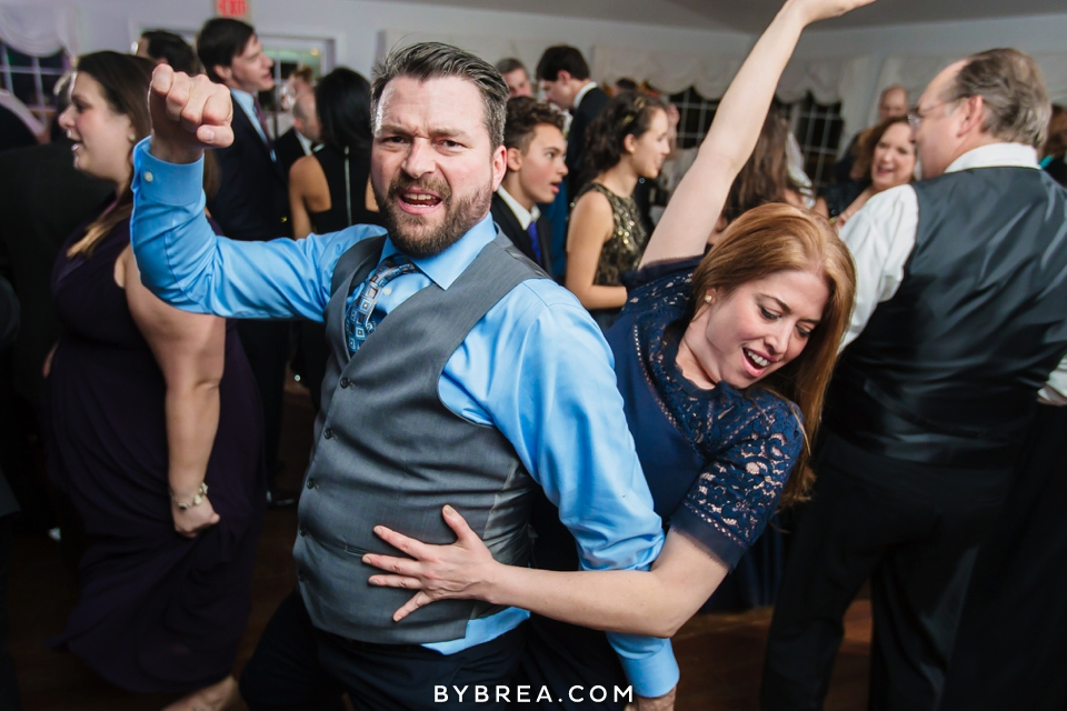 becca-blair-antrim-1844-baltimore-wedding_1190