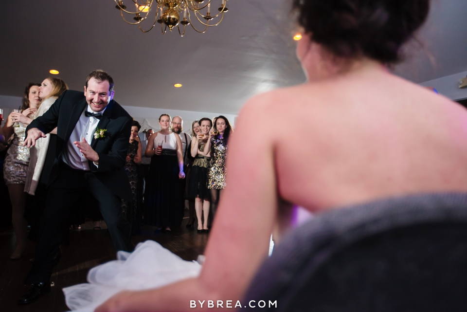 becca-blair-antrim-1844-baltimore-wedding_1196