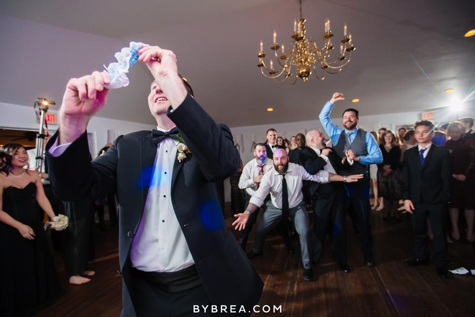 becca-blair-antrim-1844-baltimore-wedding_1197