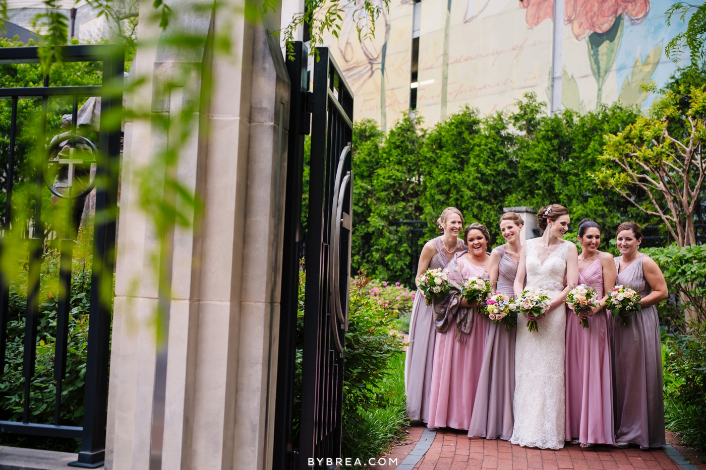 amanda-eric-peabody-library-baltimore-wedding_0079