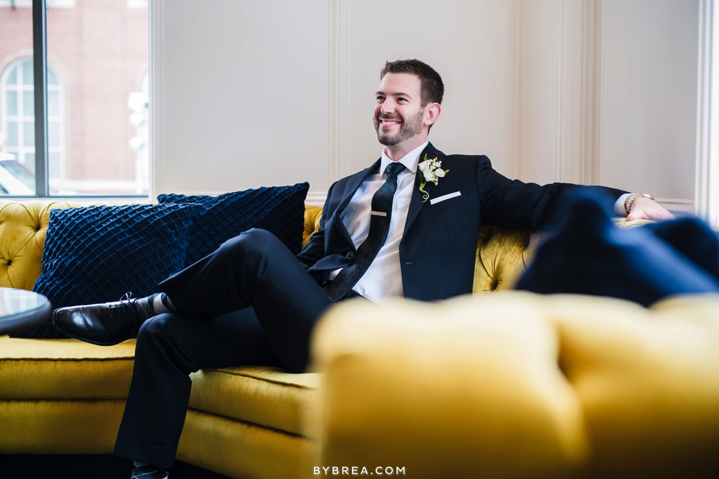 amanda-eric-peabody-library-baltimore-wedding_0084