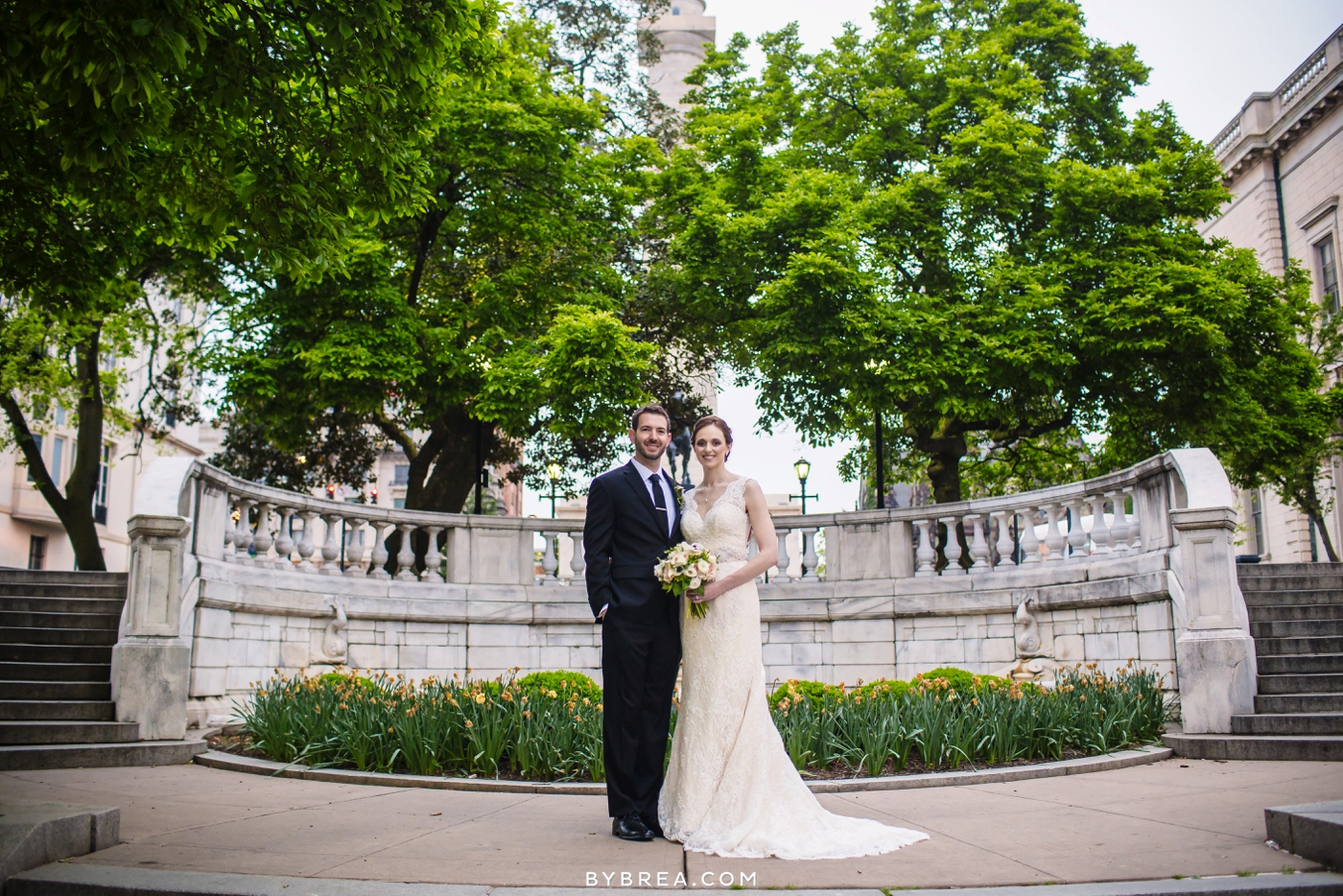 amanda-eric-peabody-library-baltimore-wedding_0100