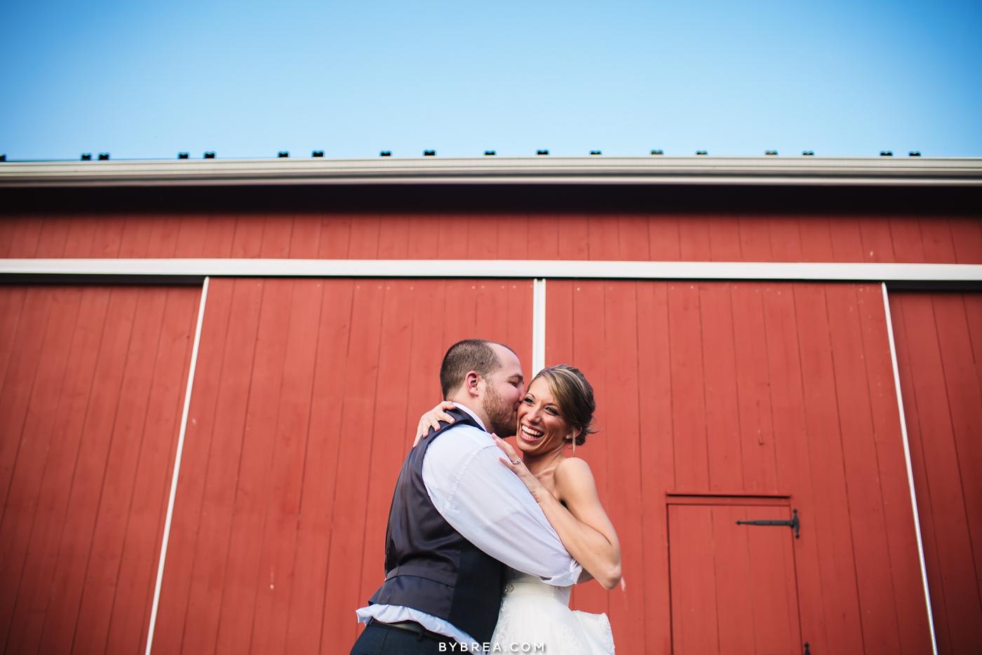 katie-jeff-pond-view-farm-wedding_0644
