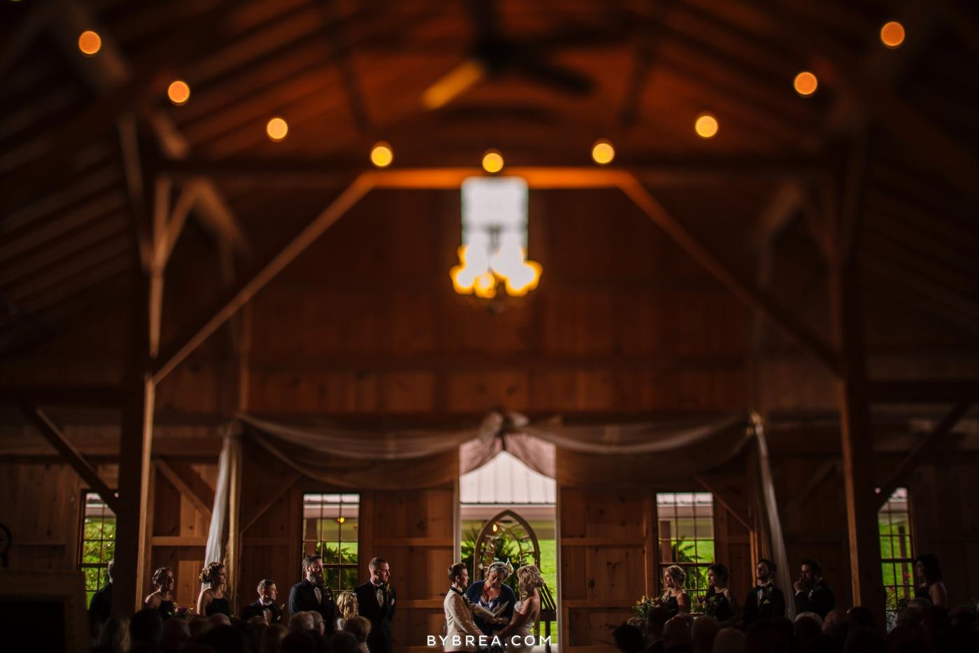 hannah-meredith-pond-view-farm-wedding_0726