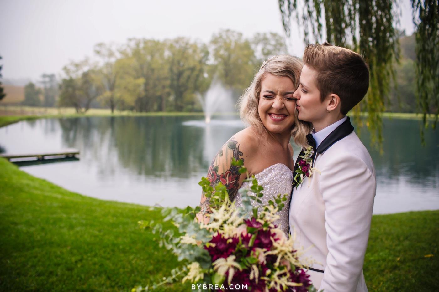 hannah-meredith-pond-view-farm-wedding_0734