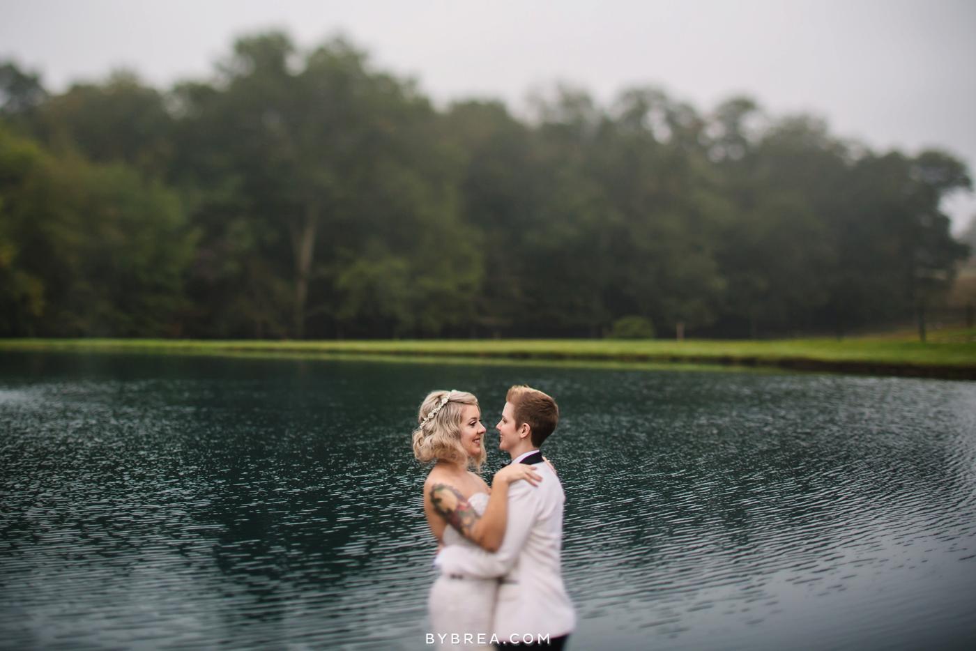 hannah-meredith-pond-view-farm-wedding_0739