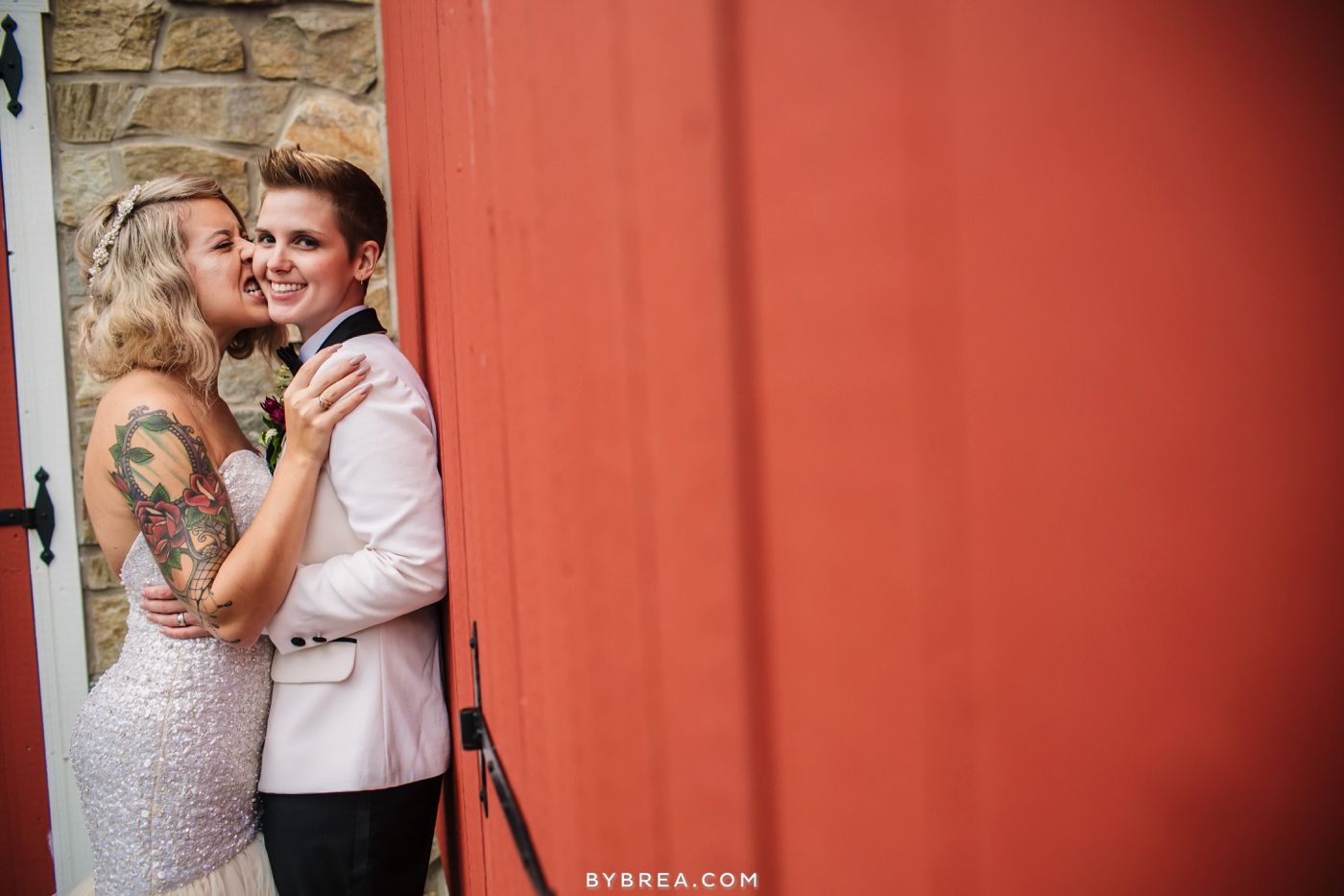 hannah-meredith-pond-view-farm-wedding_0743