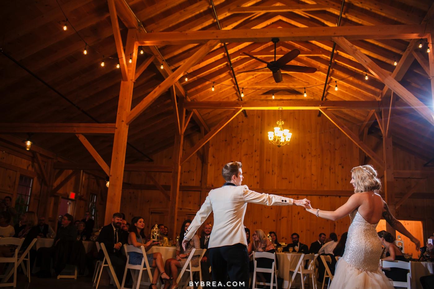 hannah-meredith-pond-view-farm-wedding_0746