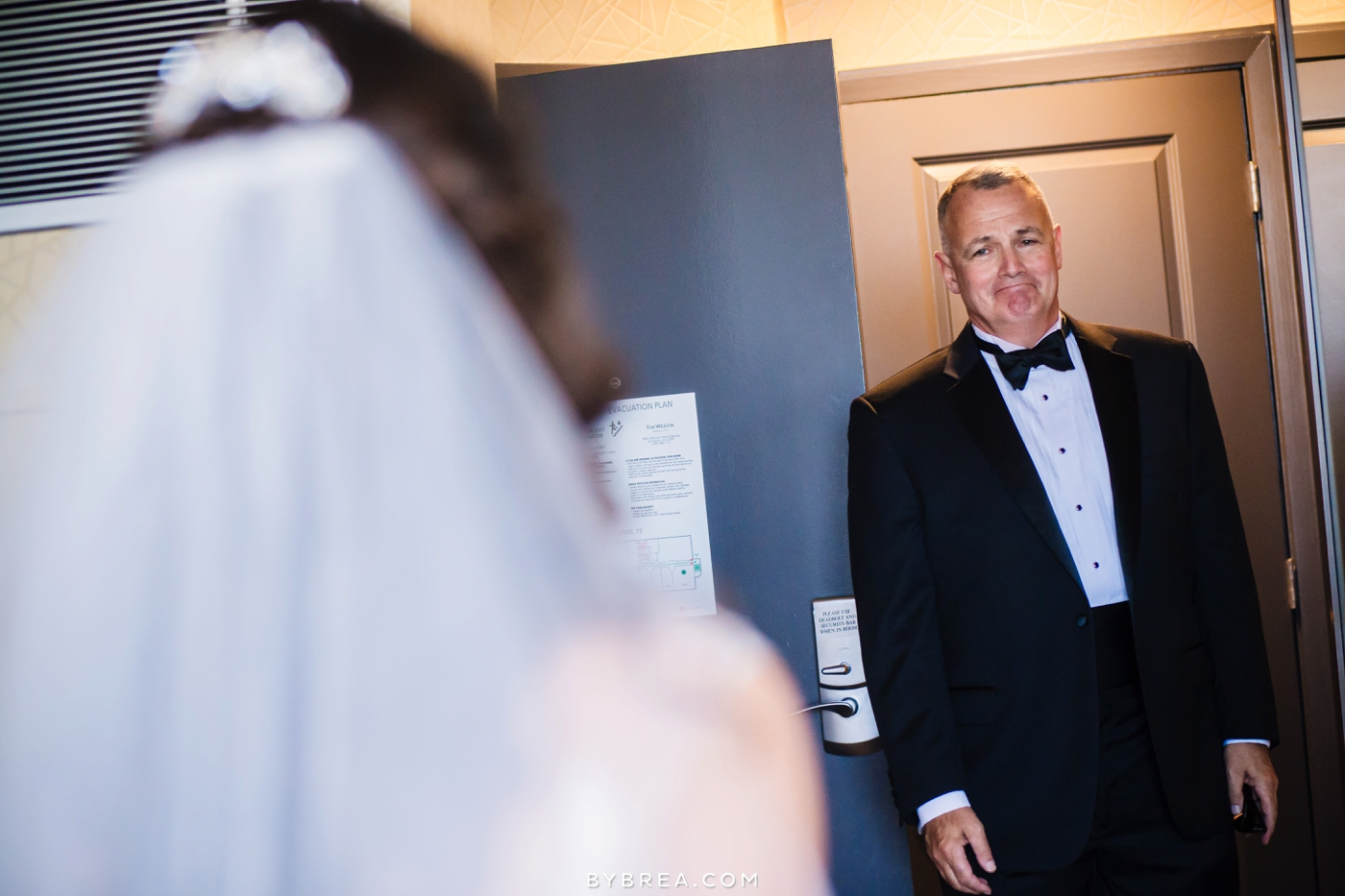 Baltimore wedding photo father sees bride for the first time