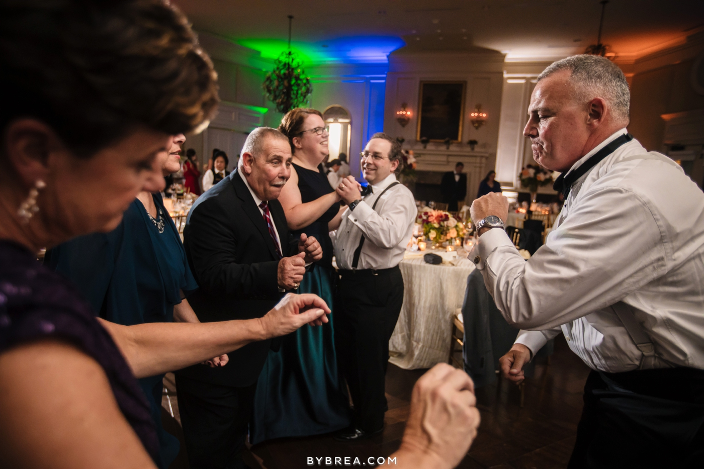 Baltimore wedding guests dancing with DJ Mike Blaufeld