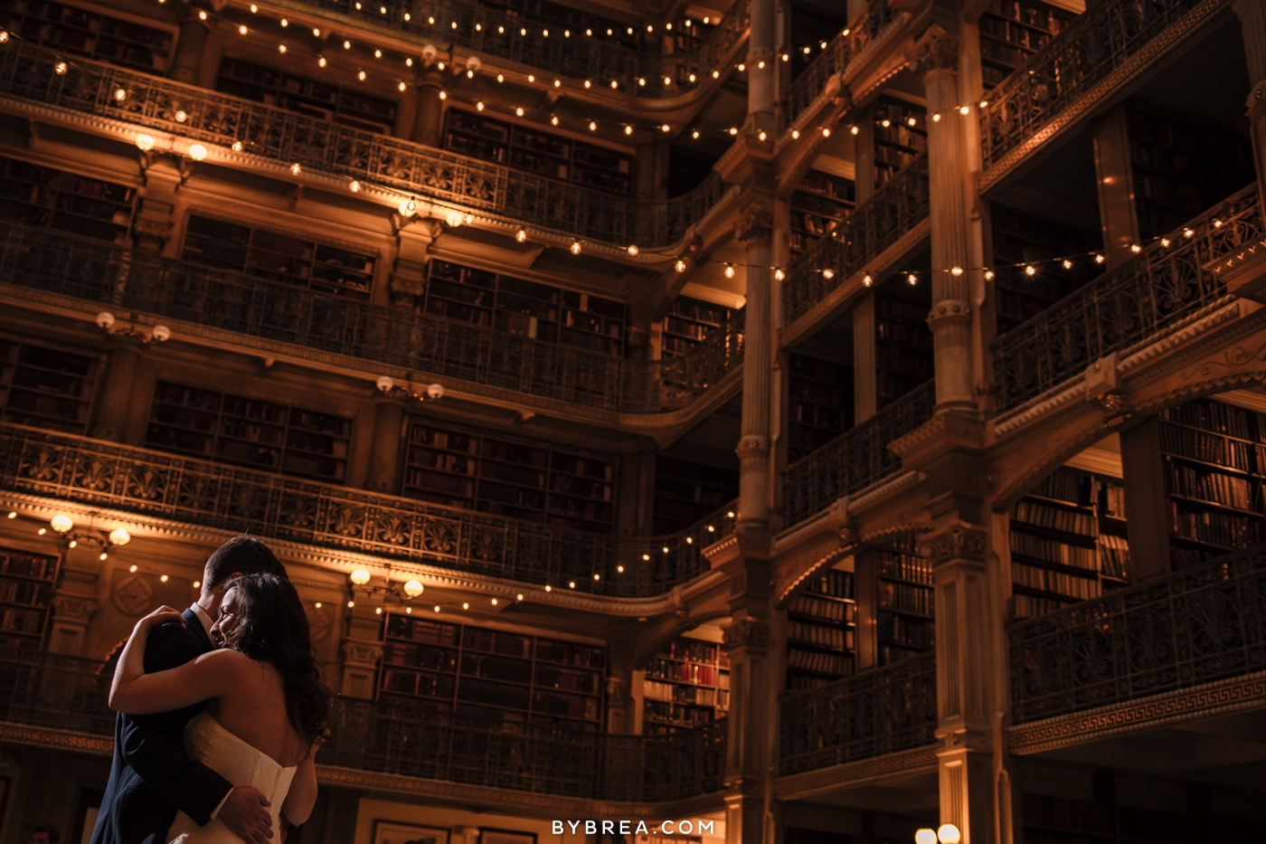 George Peabody Library wedding photo first dance bride and groom books everywhere!