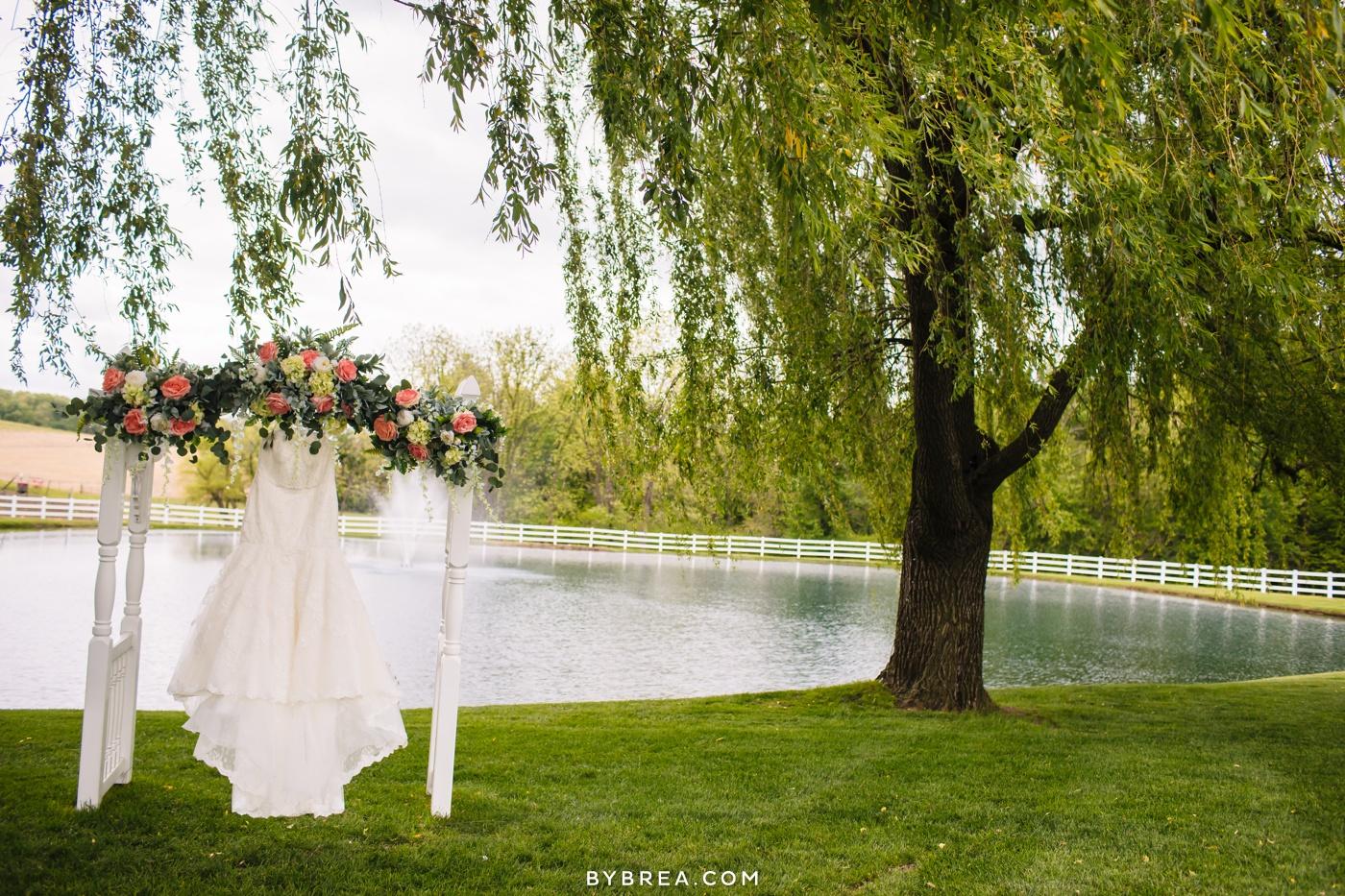 Drew Kara Pond View Farm Wedding 0229