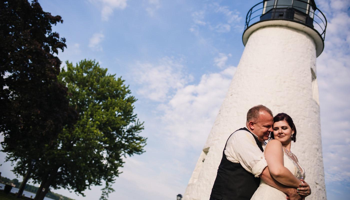 Intimate Vandiver Inn wedding photo