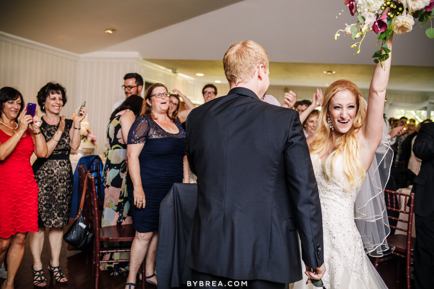 nicole-tucker-antrim-1844-wedding-photos_1324