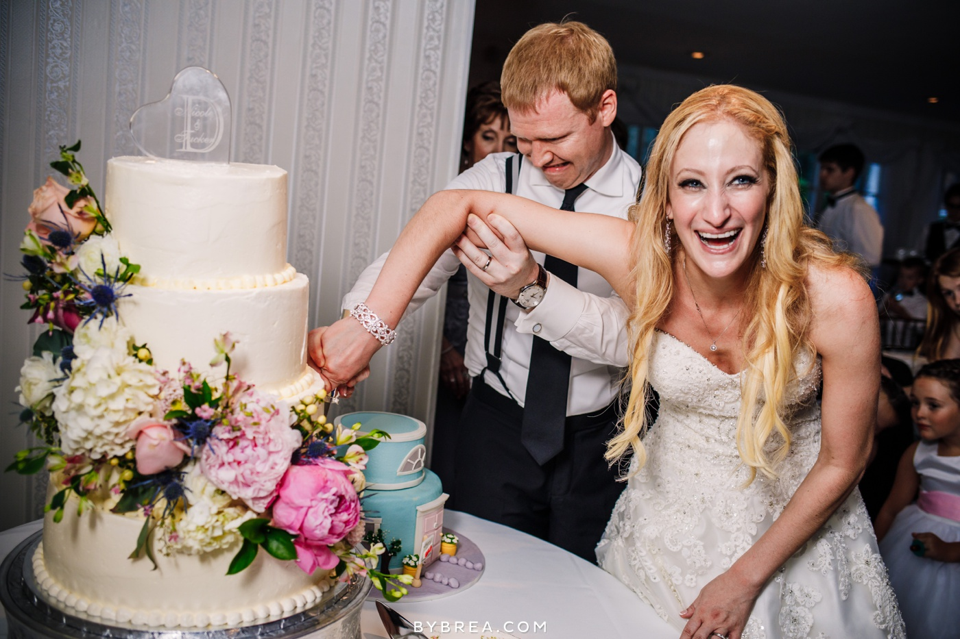 nicole-tucker-antrim-1844-wedding-photos_1333
