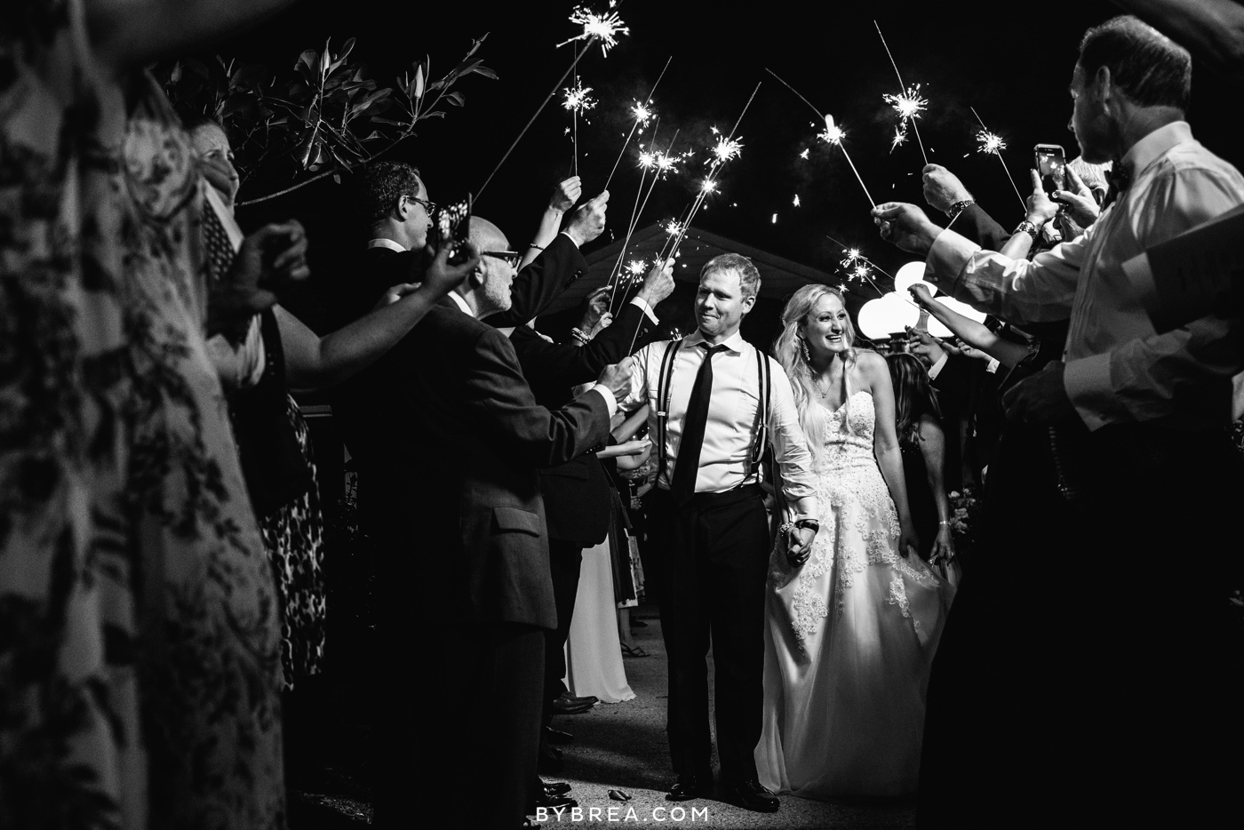 nicole-tucker-antrim-1844-wedding-photos_1344