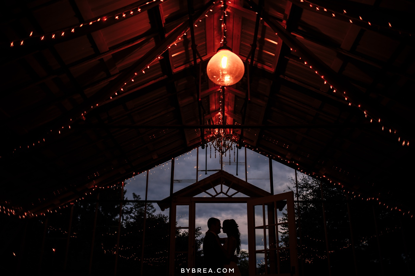 gabby-max-historic-shady-lane-wedding-photos_0483