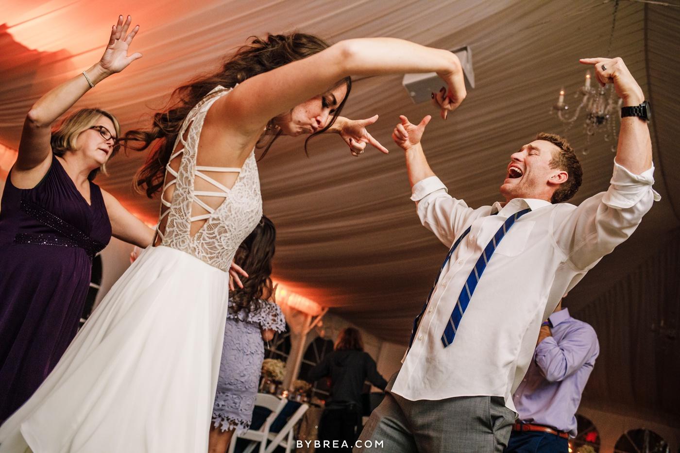 gabby-max-historic-shady-lane-wedding-photos_0493