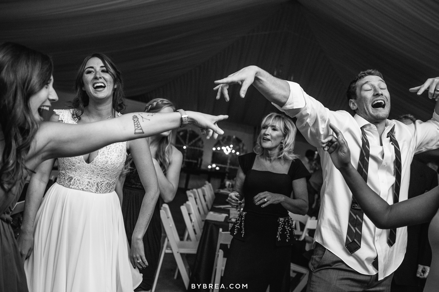 gabby-max-historic-shady-lane-wedding-photos_0494