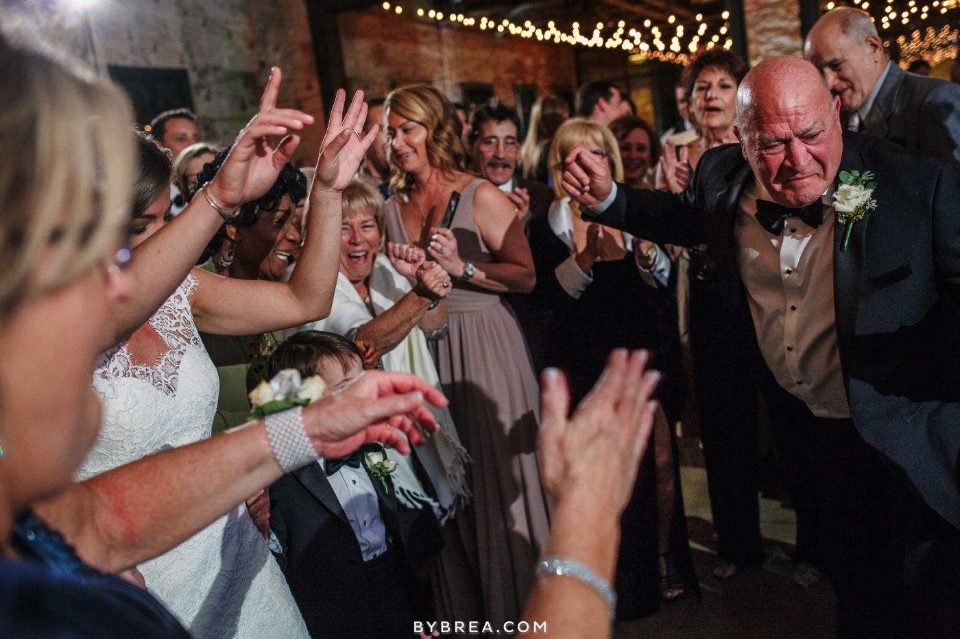 taylor-jon-mt-washington-mill-dye-house-wedding-photos_0290