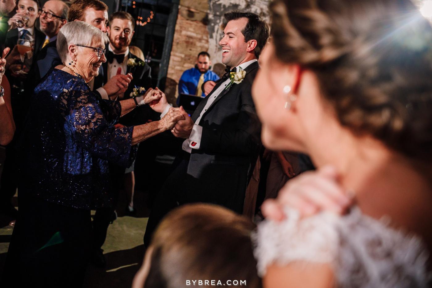 taylor-jon-mt-washington-mill-dye-house-wedding-photos_0291