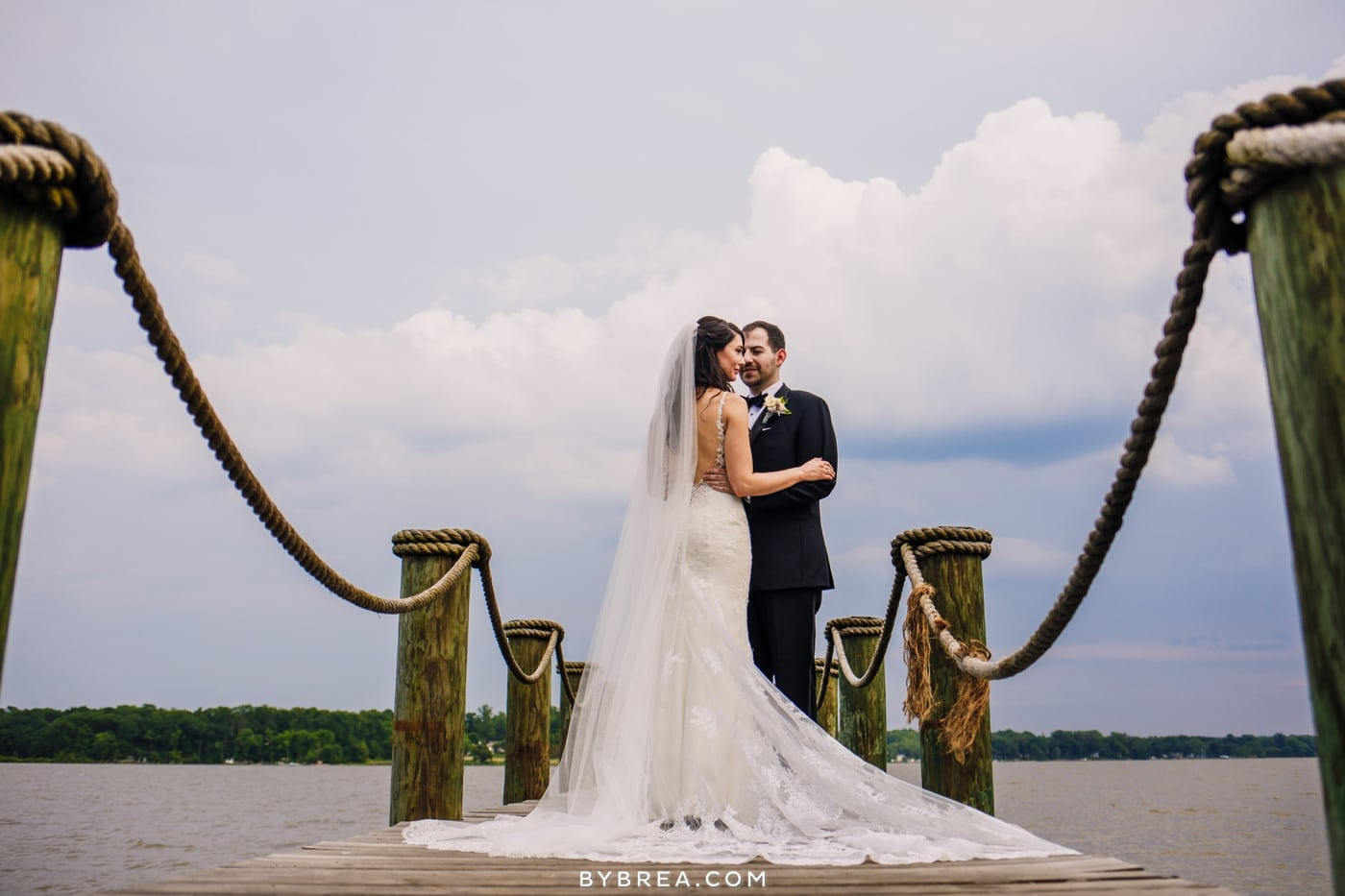 sarah-joe-waters-edge-baltimore-wedding-photos_0561