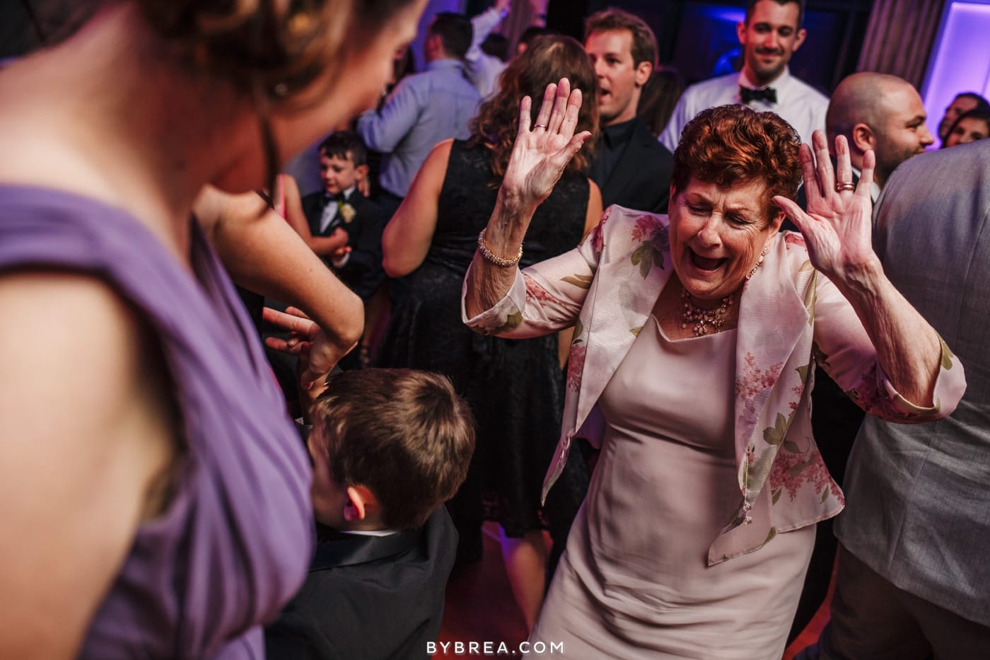 sarah-joe-waters-edge-baltimore-wedding-photos_0585