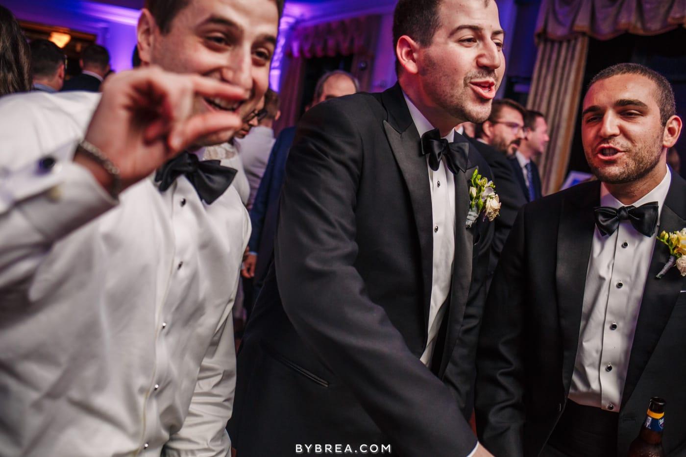 sarah-joe-waters-edge-baltimore-wedding-photos_0586