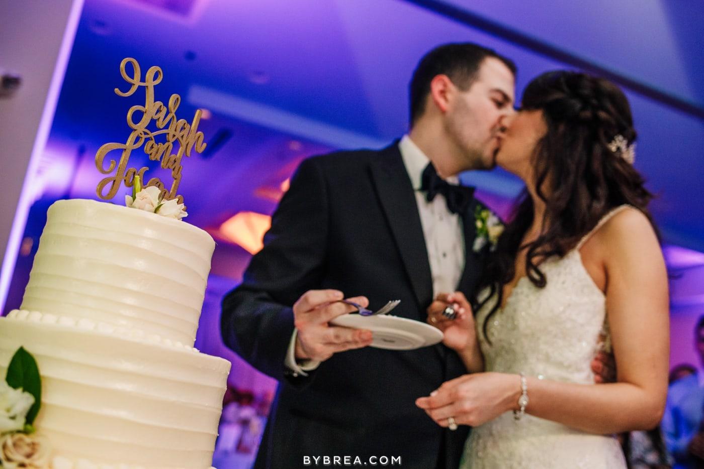 sarah-joe-waters-edge-baltimore-wedding-photos_0588