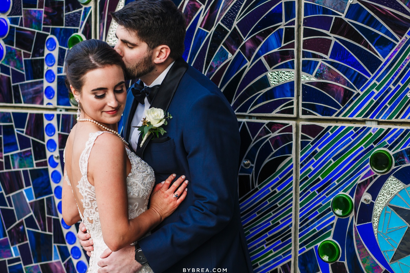 American Visionary Art museum couples portrait Baltimore wedding