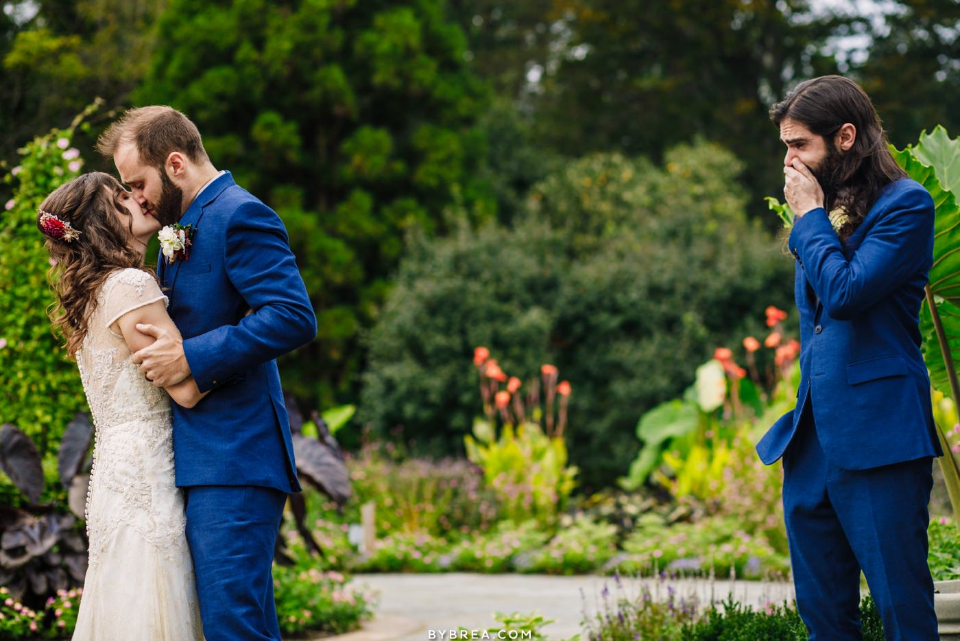 emotional photograph of first kiss at Cylburn Arboretum