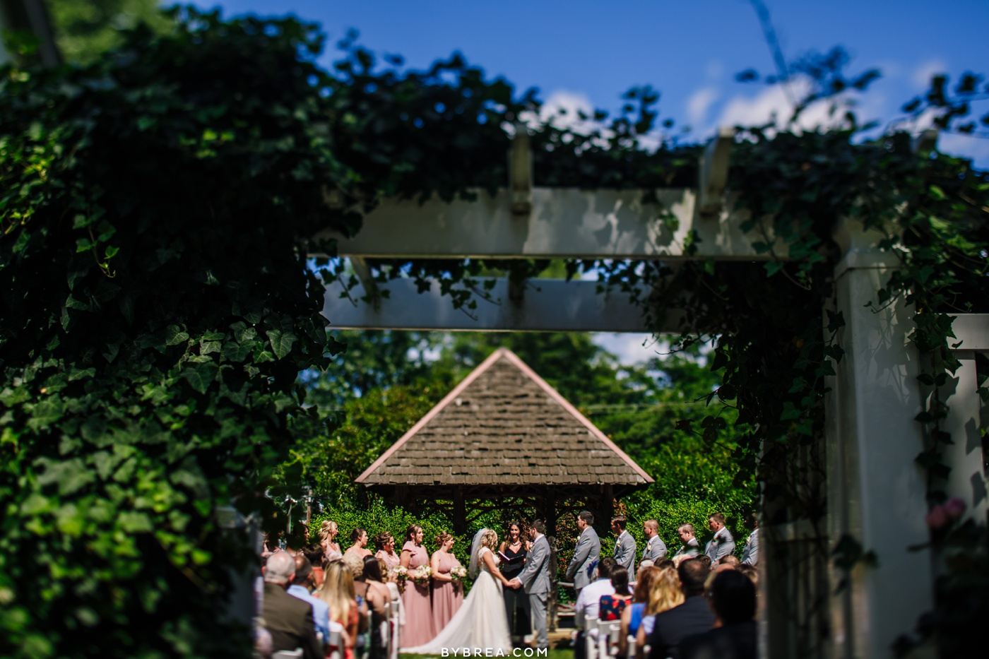 Photo of outside ceremony at Vandiver Inn.
