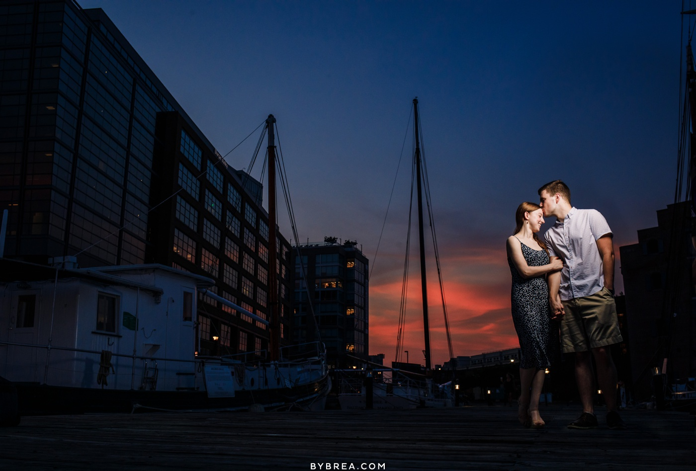 Sunset engagement picture in Baltimore